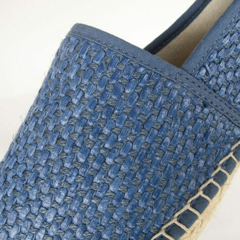 Espadrilles made of recycled cotton